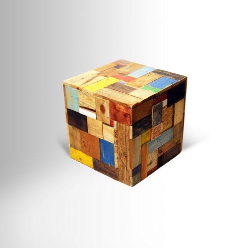 """קוביית קולאז' – שולחן צד או לישיבה בגובה 45 ס""""מ"""