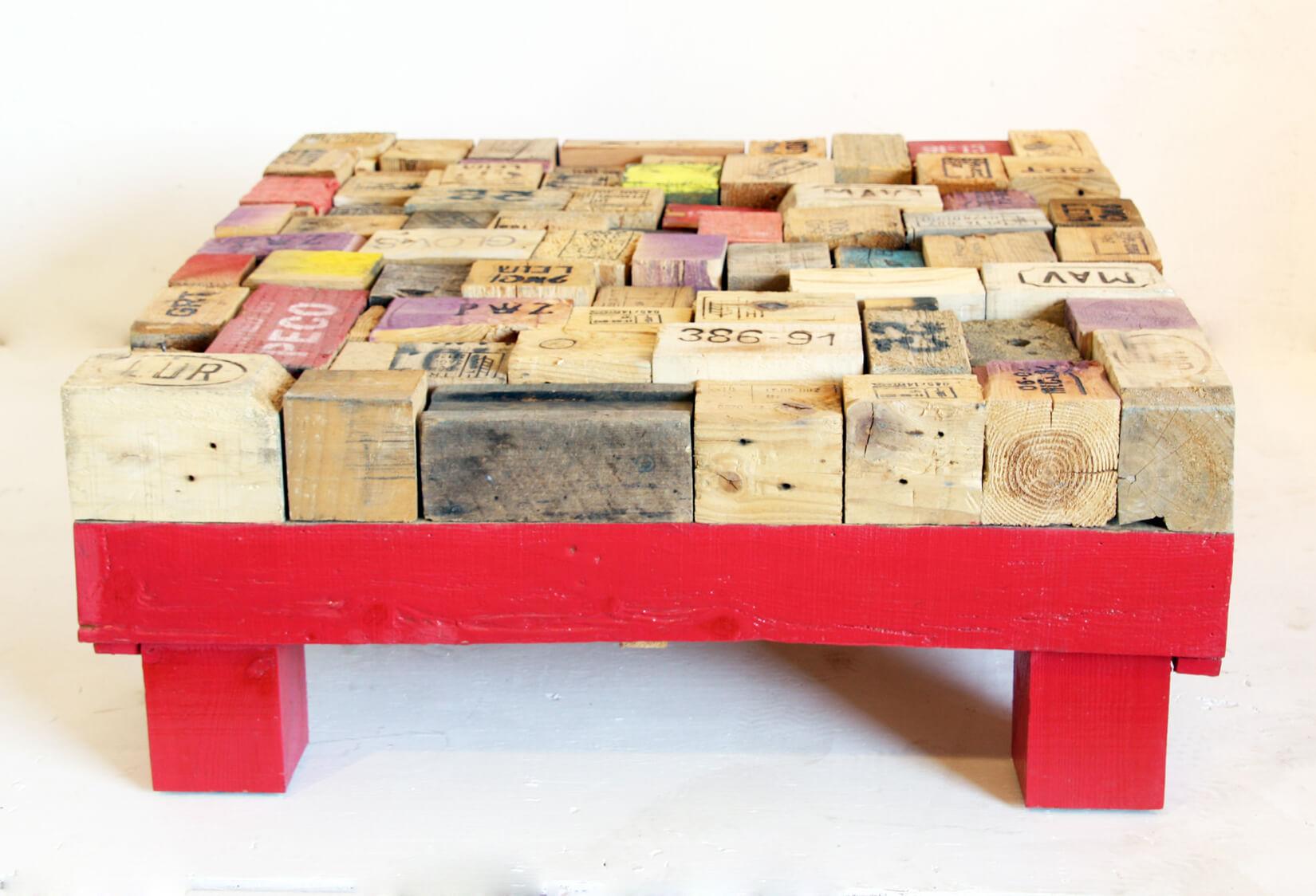 Printed Pallet-blocks Coffee Table - Wooden base - Ari